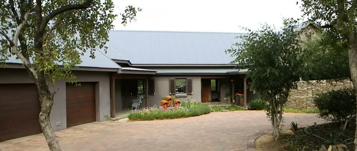 The modern farmhouse style south africa real estate for Modern estate home plans
